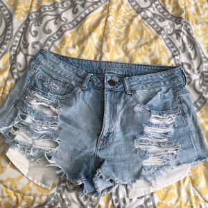 AE Light-wash Jean Festival shorts